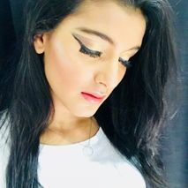 make up by Pooja