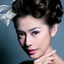 Monika Sujono Make Up Artist