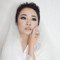 Chesara Makeup
