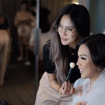 Vinna Gracia Makeup Artist