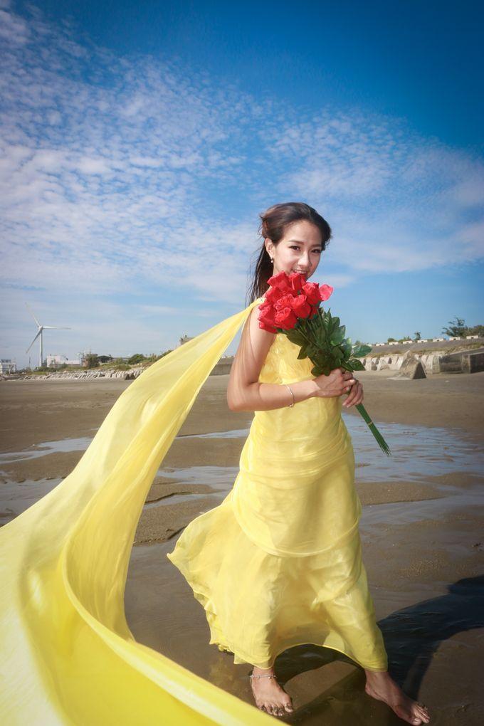 Beach Outdoor Photoshoot by Linda Meiling MUA - 013