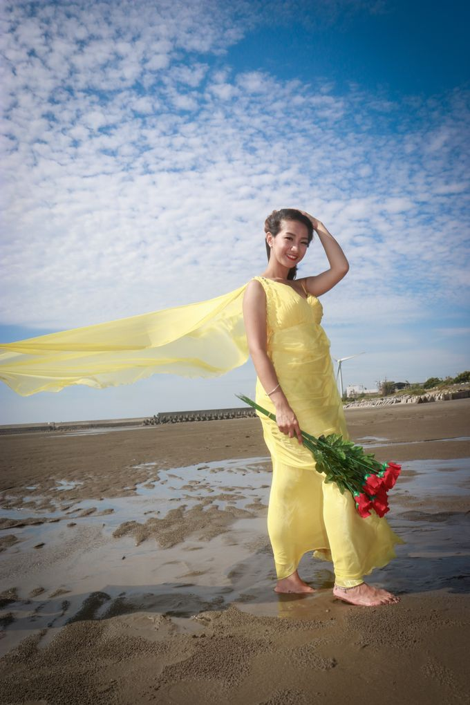Beach Outdoor Photoshoot by Linda Meiling MUA - 024