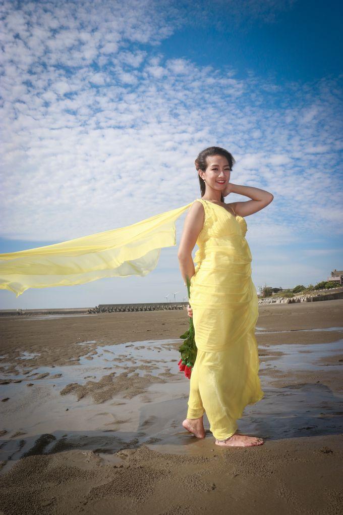 Beach Outdoor Photoshoot by Linda Meiling MUA - 023