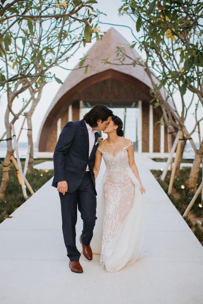 CELINE & PAUL WEDDING by The Apurva Kempinski Bali - 005