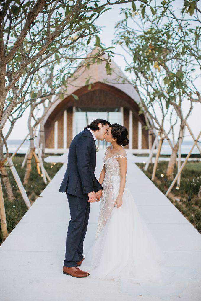 CELINE & PAUL WEDDING by The Apurva Kempinski Bali - 006