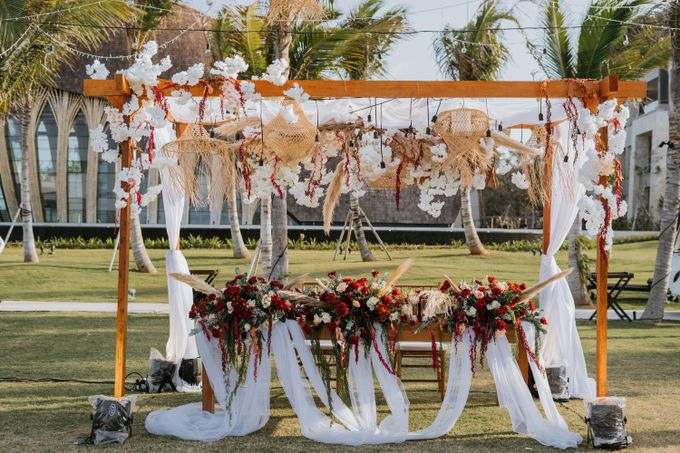 CELINE & PAUL WEDDING by The Apurva Kempinski Bali - 019