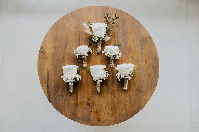Cliff Wedding Dinner by Bali Izatta Wedding Planner & Wedding Florist Decorator - 002