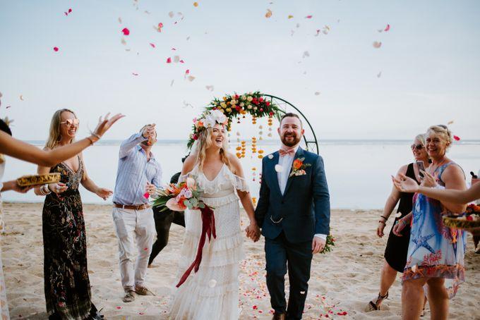 Tropical-themed wedding with Boho inspirations by Amora Bali Weddings - 024