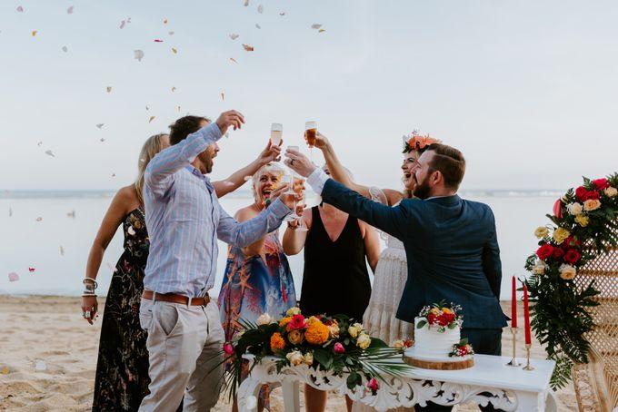Tropical-themed wedding with Boho inspirations by Amora Bali Weddings - 031