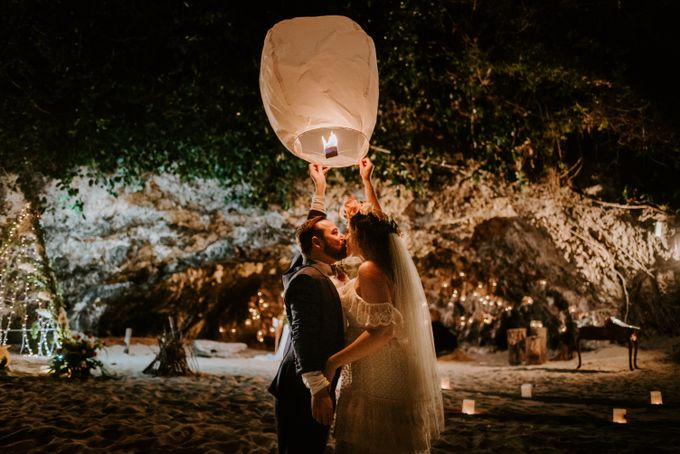 Tropical-themed wedding with Boho inspirations by Amora Bali Weddings - 049