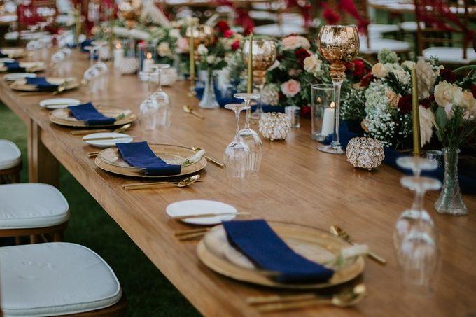Burgundy & Navy Blue Wedding Decoration by Bali Izatta Wedding Planner & Wedding Florist Decorator - 005
