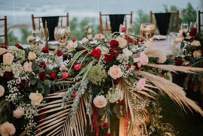 Burgundy & Navy Blue Wedding Decoration by Bali Izatta Wedding Planner & Wedding Florist Decorator - 006