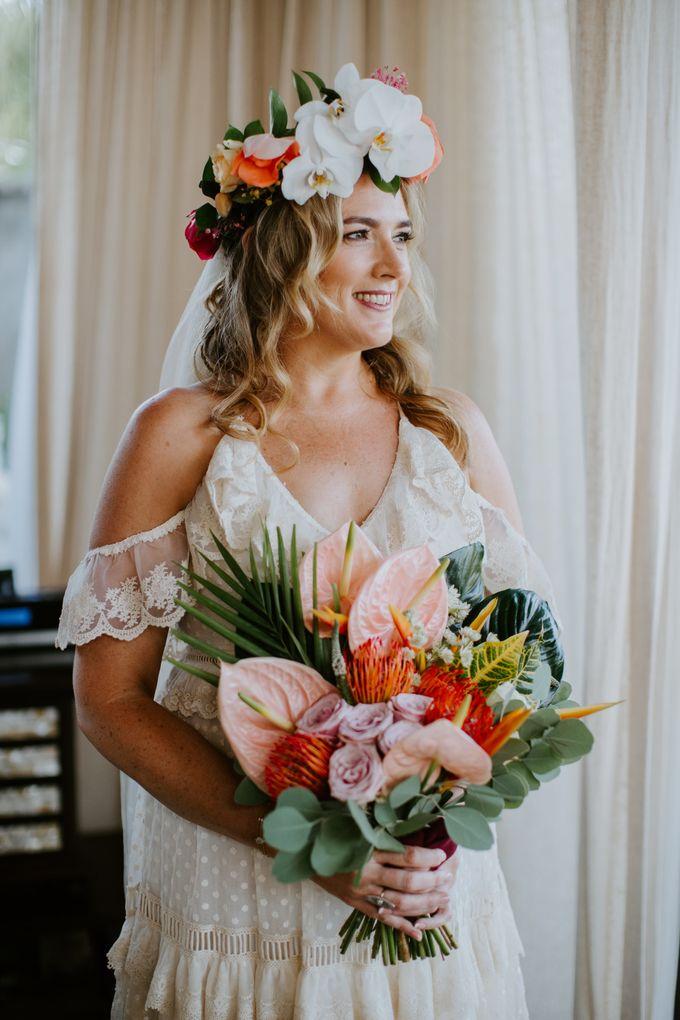 Tropical-themed wedding with Boho inspirations by Amora Bali Weddings - 014