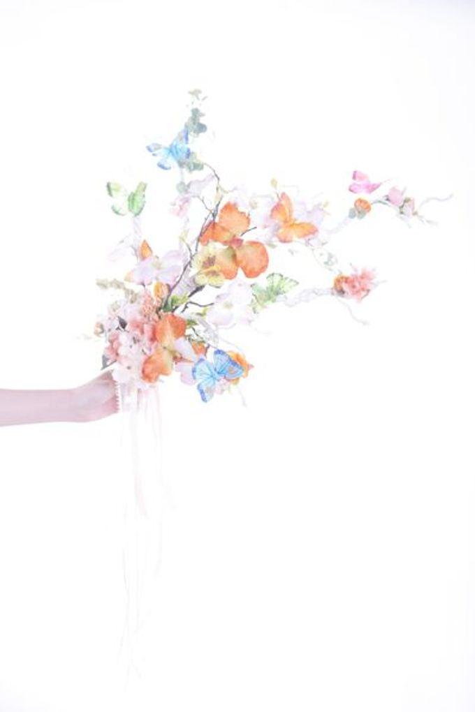 Luxurious Bouquet by LUX floral design - 022