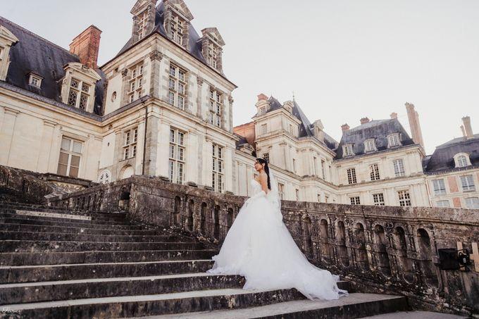 Exclusive Paris Pre Wedding Photo Shoot at Château de Fontainebleau by Février Photography   Paris Photographer - 024