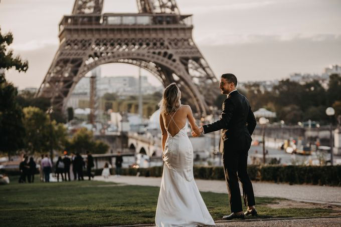 Paris Engagement Photoshoot  -  Fevrier Photography by Février Photography   Paris Photographer - 001