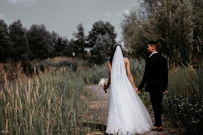 Beautiful Wedding In France - Fevrier Photography by Février Photography | Paris Photographer - 003