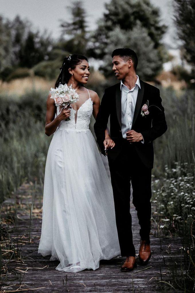 Beautiful Wedding In France - Fevrier Photography by Février Photography | Paris Photographer - 004