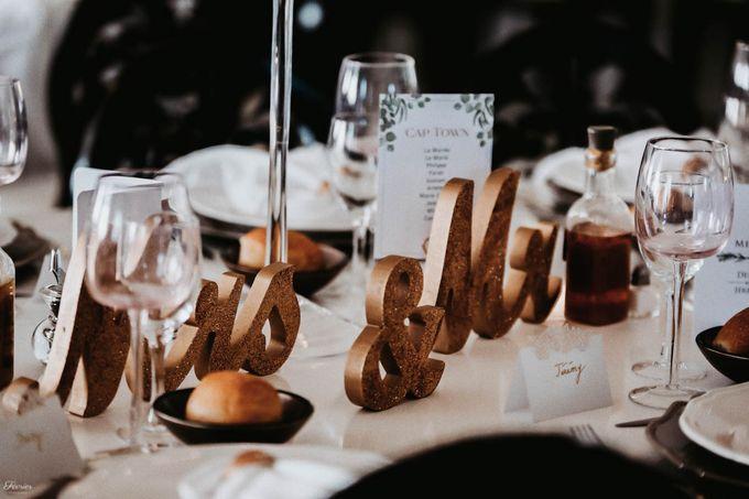 Beautiful Wedding In France - Fevrier Photography by Février Photography | Paris Photographer - 009