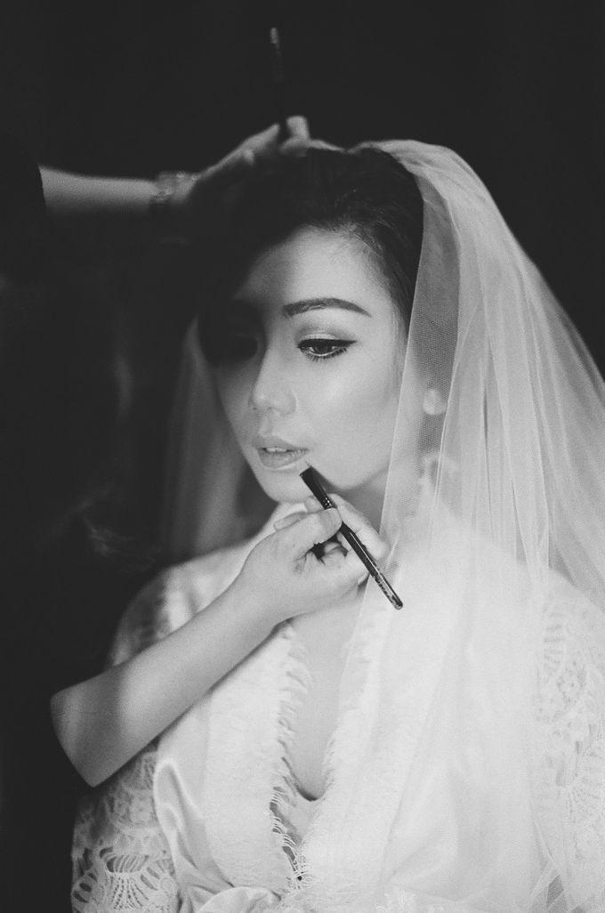 WEDDING OF INDARTA & BELINDA by isamare - 008