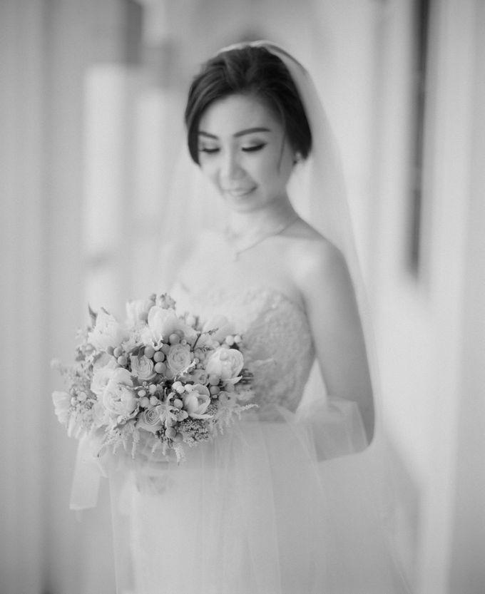 WEDDING OF INDARTA & BELINDA by isamare - 009