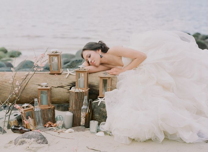 Bride by the Beach by Truly Enamoured - 003