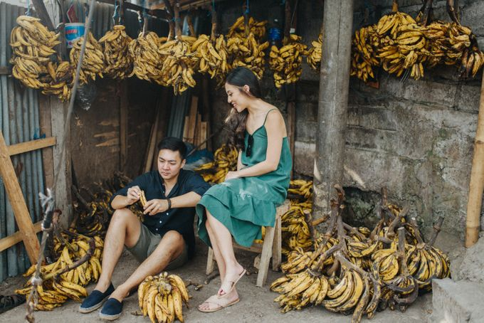 Fruit Market Couple Session of Alicia and Ryan by Terralogical - 001