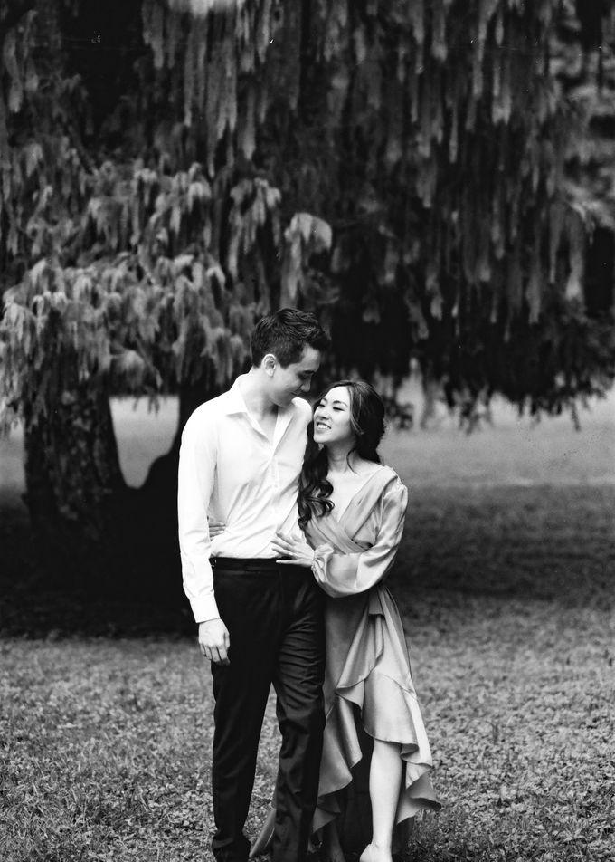 Matthew & Michelle Engagement by Arta Photo - 019