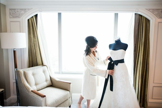 From Pancake To The Moon - Eddy & Lyshe Wedding by Vera Wang Singapore - 004