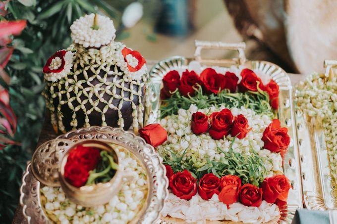 Javanese Traditional Wedding Theme at Dharmawangsa Hotel by Terralogical - 005