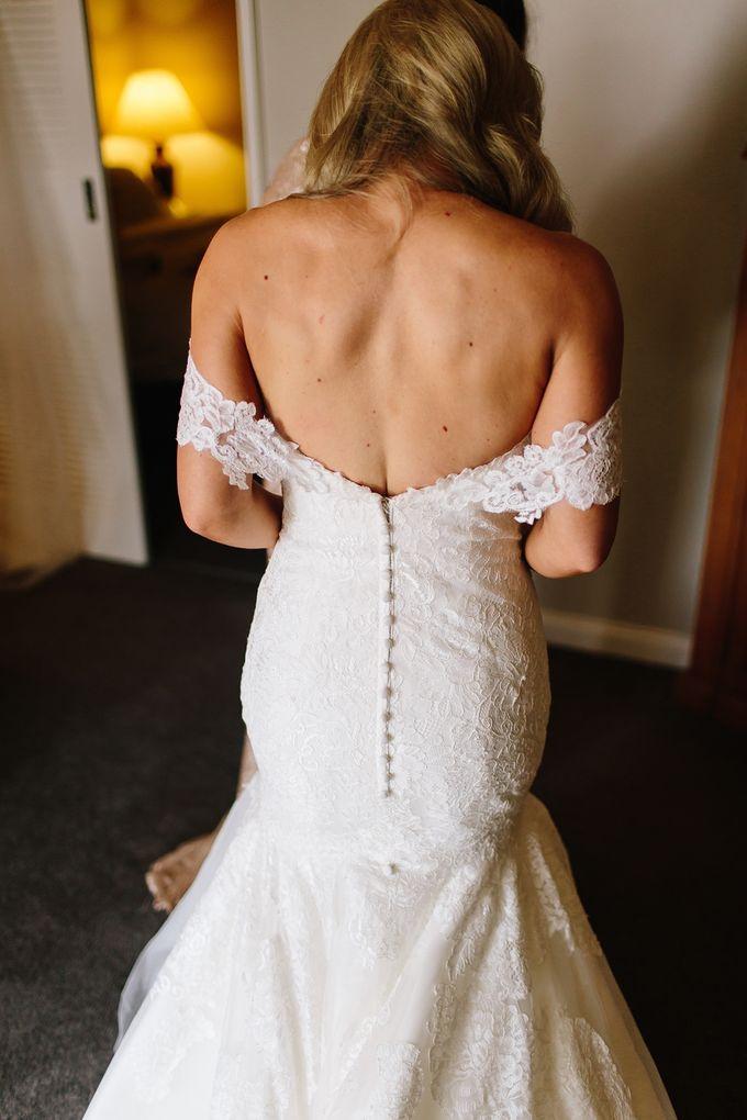 The love story of Bec & Callum - the minimalistic wedding by BWedding Invitations - 005