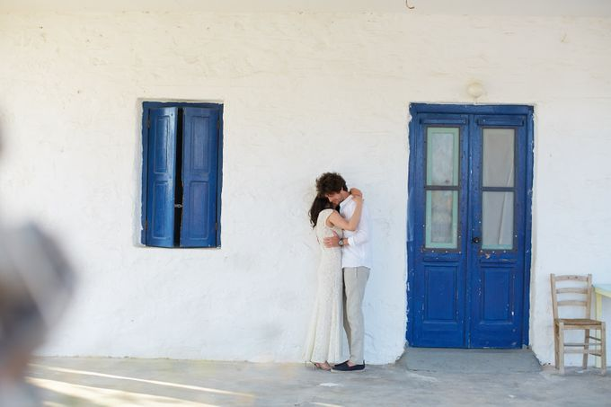 Engagement in Mykonos by Sotiris Tsakanikas Photography - 003