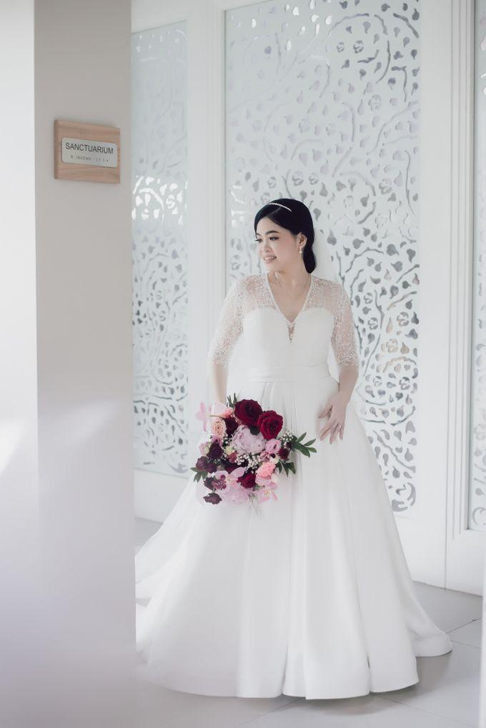 Hendra & Stephanie's Wedding by Cloche Atelier - 010