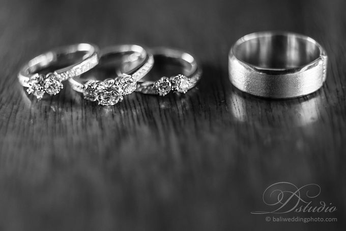 Tracey and Steve Wedding Day at The Istana Uluwatu by D'studio Photography Bali - 001