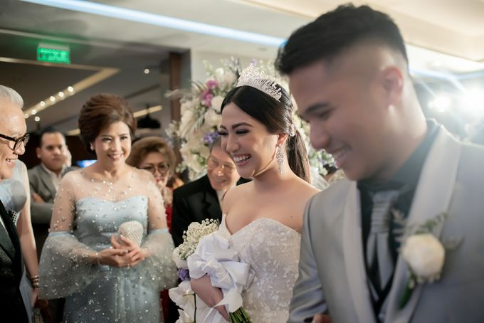 Hyatt - Amandio & Debby Supit by Maestro Wedding Organizer - 048