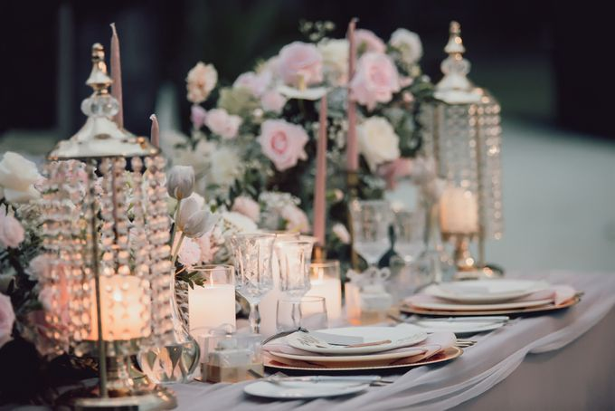 An Elegant Timeless Blush and Rose Gold Arrangement by Bali Wedding Atelier - 014