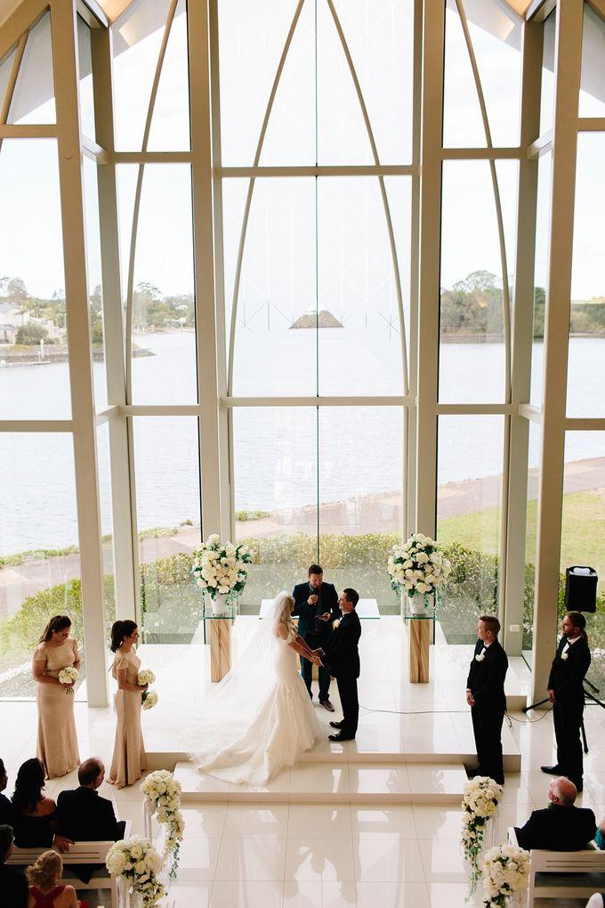 The love story of Bec & Callum - the minimalistic wedding by BWedding Invitations - 014