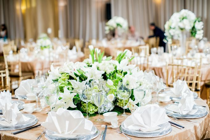Romantic All White by STEVE'S DECOR - 005