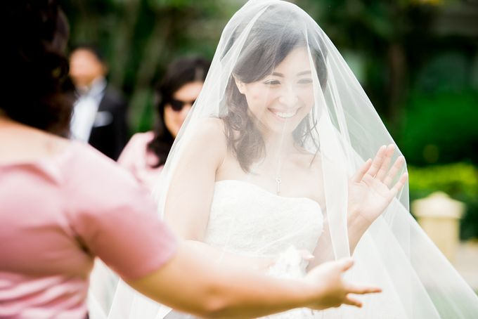 From Pancake To The Moon - Eddy & Lyshe Wedding by Vera Wang Singapore - 016