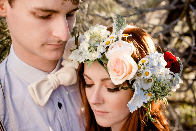 Romantic bohemian engagement shoot by Hilary Cam Photography - 003
