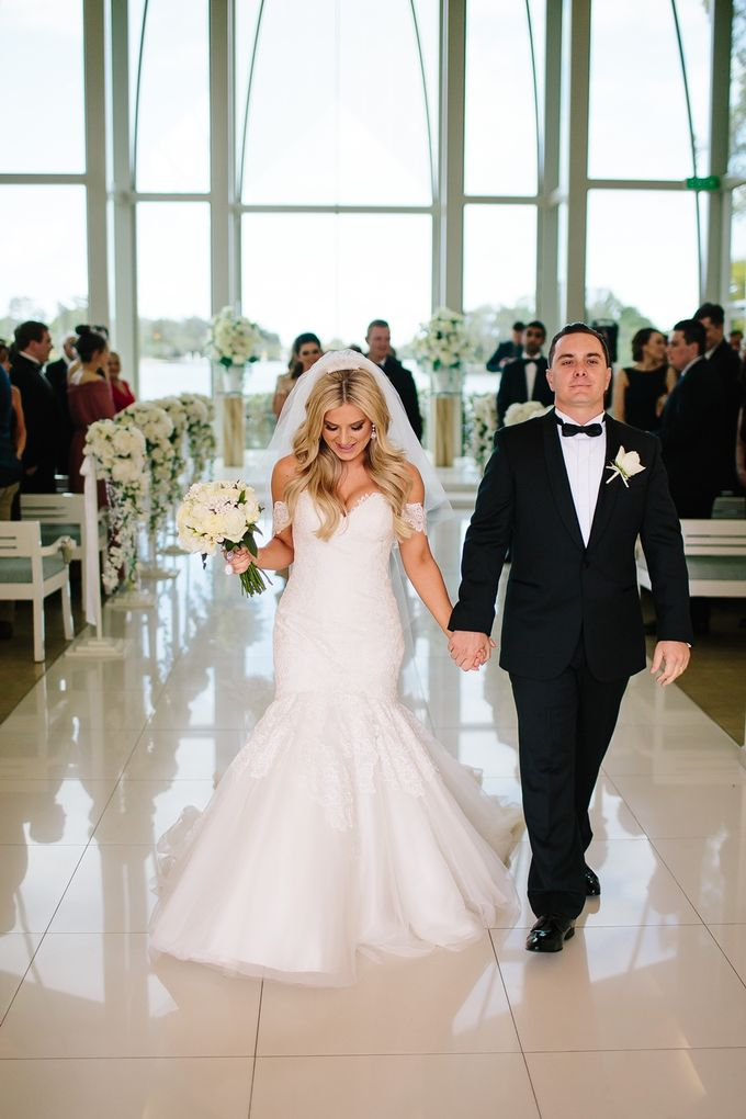 The love story of Bec & Callum - the minimalistic wedding by BWedding Invitations - 020