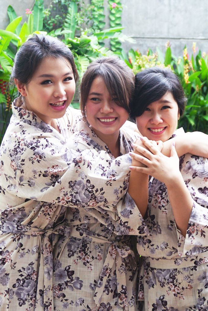 Bridesmaids Robes for CA Wedding Jakarta by Serendipicky - 003