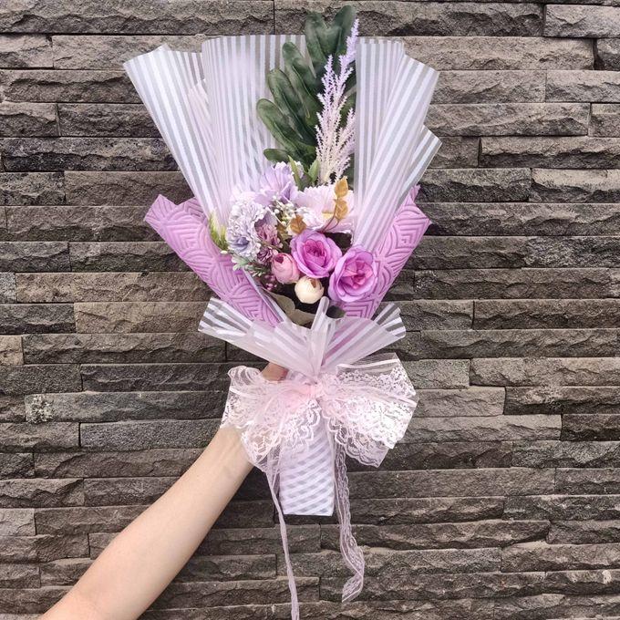 Artificial Hand Bouquet by raia_fleurs - 001