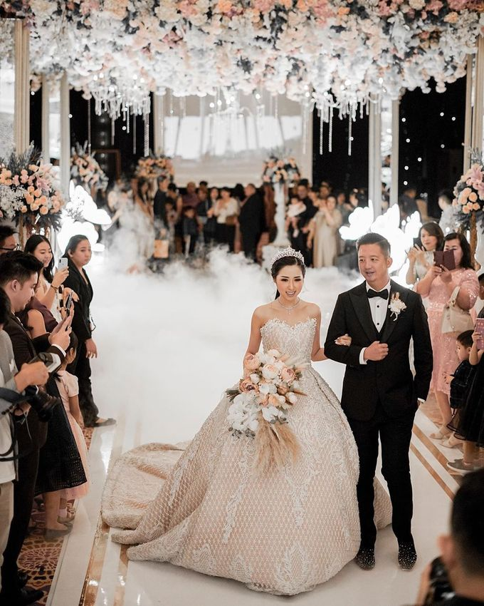 Wedding of Fendi & Olivia - 15.12.19 by The Ritz-Carlton Jakarta, Mega Kuningan - 008