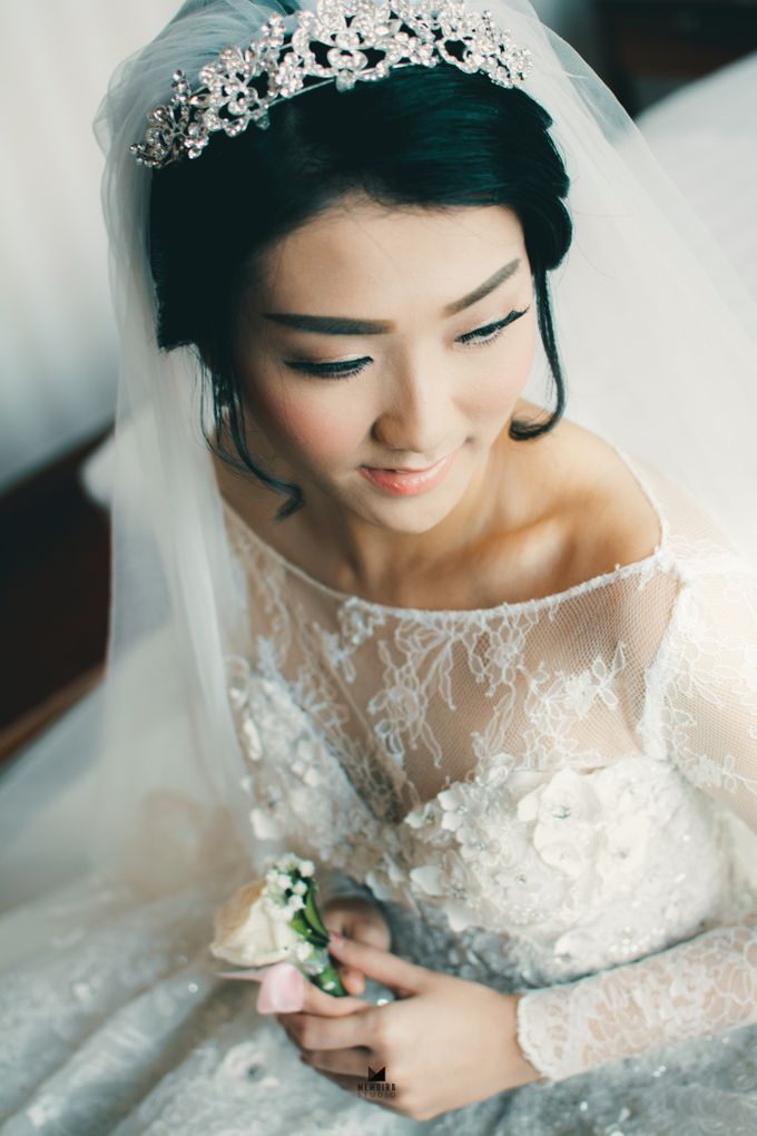 Wedding Day of Adi & Selda by Louise Bridal - 001