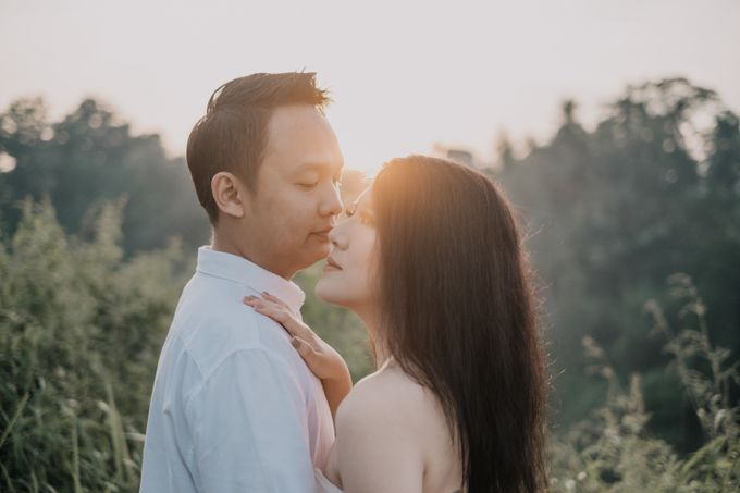 The Prewedding Of Erick and Michelle by Costes Portrait - 007