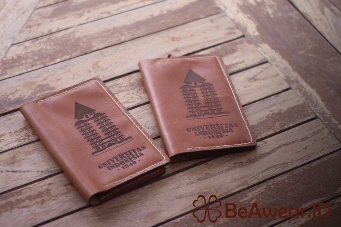 Passport Holder Kulit Custom Laser by Beawear.id - 001