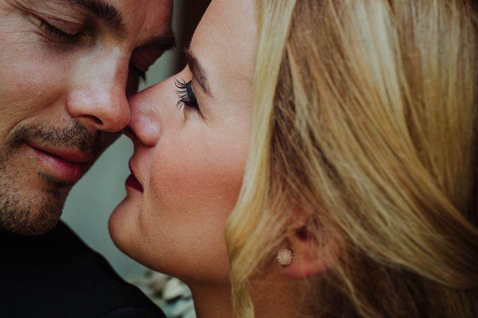 Intimate post wedding session of Corina & Razvan by Ario Narendro Photoworks - 003