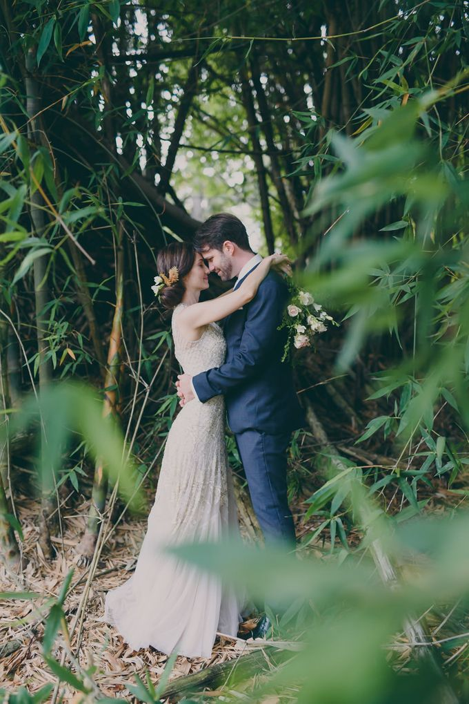A country woodlands inspired wedding at Gabbinbar Homestead in Toowoomba by Deb Boots wedding photography - 007