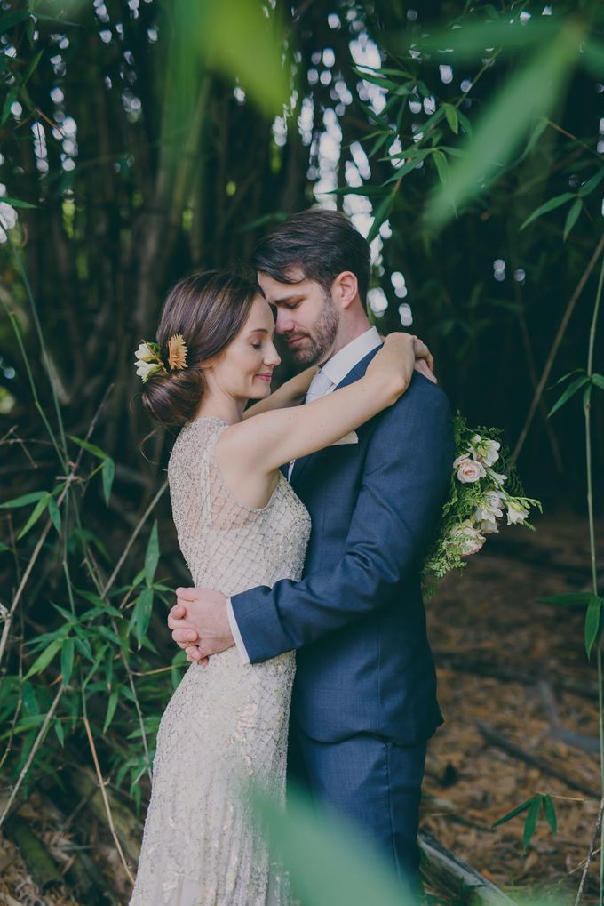 A country woodlands inspired wedding at Gabbinbar Homestead in Toowoomba by Deb Boots wedding photography - 008